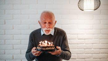 Если мужчина старше: 5 классных преимуществ и 6 неприятных минусов отношений с разницей в возрасте