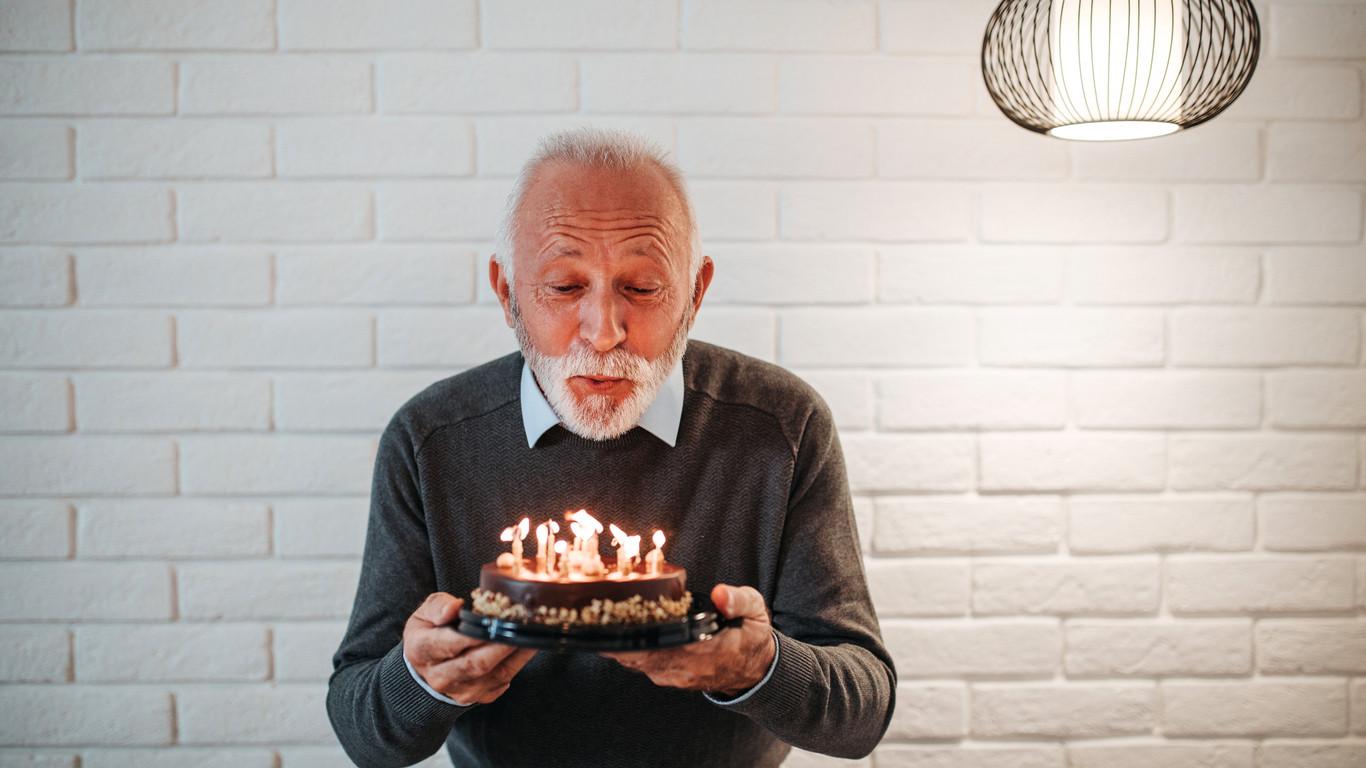 Если мужчина старше: 5 классных преимуществ и 6 неприятных минусов отношений с разницей в возрасте, Психо/логика | фото
